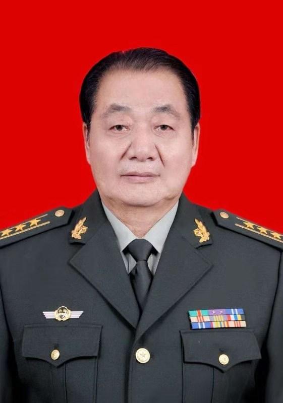 王敦乐-年轻